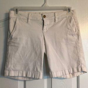 Aeropostale White Bermuda Shorts!!! SIZE 3/4